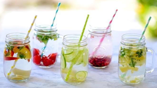 Des boissons détox pour combattre la cellulite et le