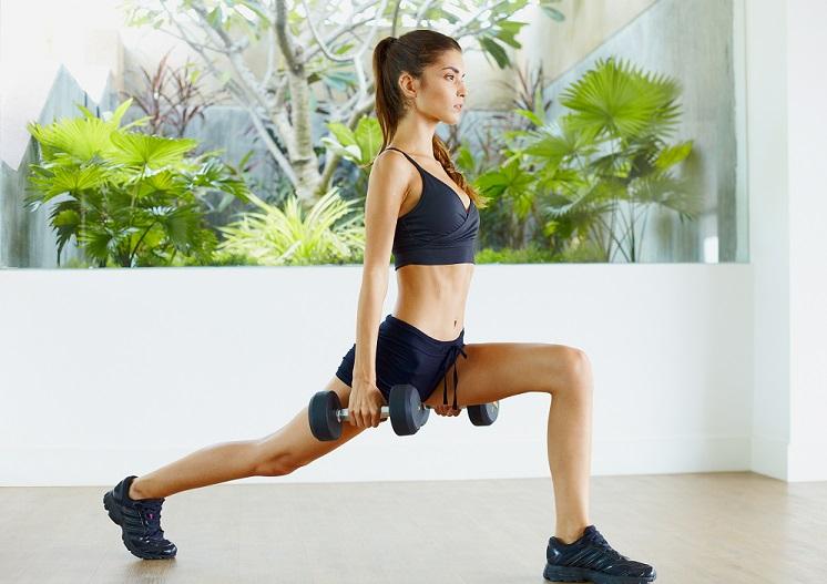 top 3 des exercices fitness pour affiner ses hanches cellublue. Black Bedroom Furniture Sets. Home Design Ideas