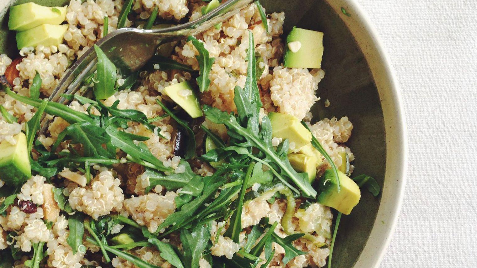 plat du jour la salade healthy au quinoa cellublue. Black Bedroom Furniture Sets. Home Design Ideas