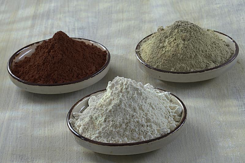 diy cataplasme anti cellulite a l'argile verte bicarbonate et marc de cafe
