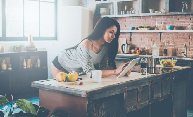 5 recettes naturelles de gommage contre les capitons cellublue. Black Bedroom Furniture Sets. Home Design Ideas